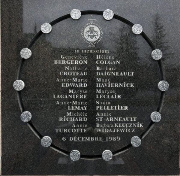 plaque Poly.jpg