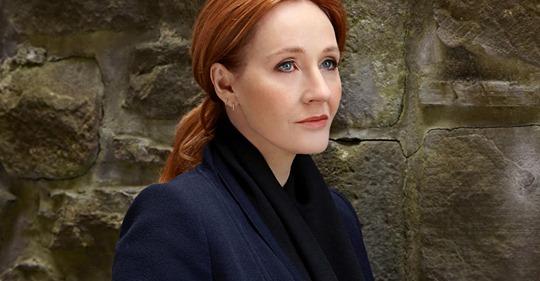 photo Rowlings sereine contre mur